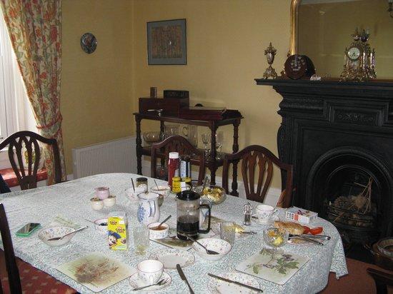Dairy House Farm: Breakfast room