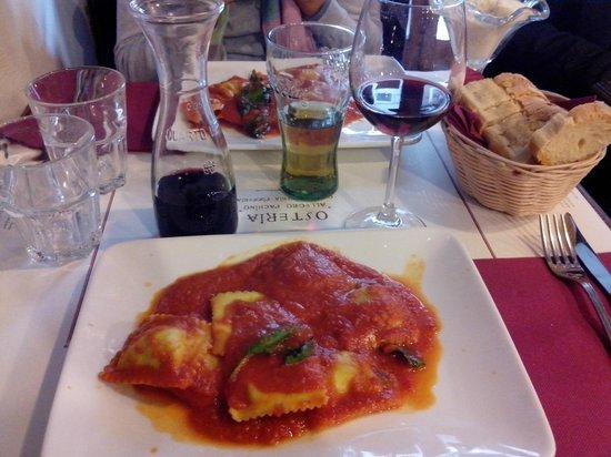 Osteria Allegro Pachino : Ravioli de ricota com espinafre