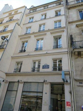 Hotel de la Place du Louvre - Esprit de France: front
