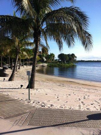 Club Med Sandpiper Bay: Lake area
