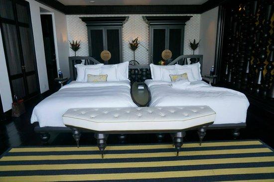 InterContinental Danang Sun Peninsula Resort : Twin double bed