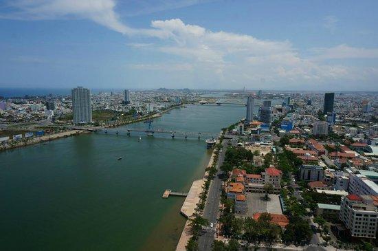 Novotel Danang Premier Han River: View from lounge