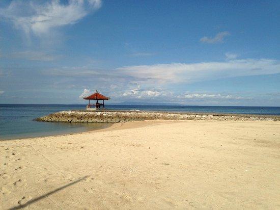 Kayumanis Jimbaran Private Estate & Spa: Nusa Dua beach club