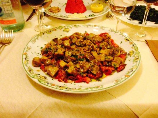 L'Osteria: Tagliata ai funghi porcini