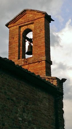 Castello di San Fabiano: Chiesa bell tower