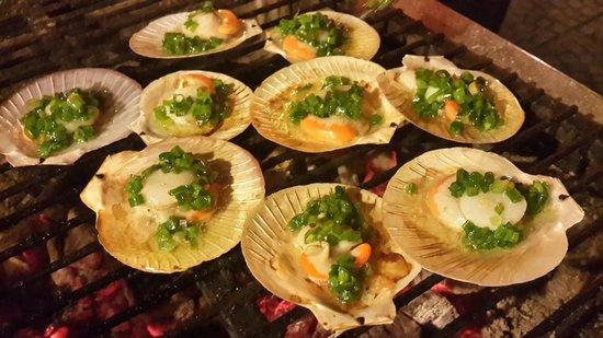 Cau Ba Quan: Grilled Scallops