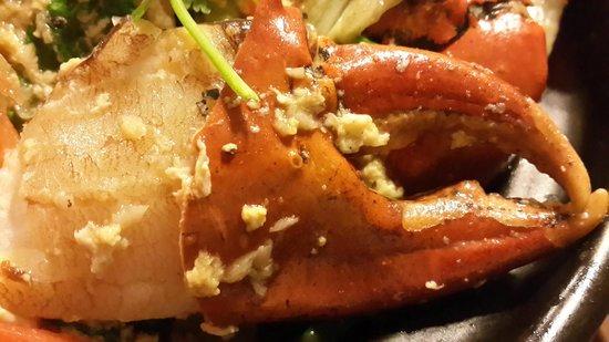 Cau Ba Quan: Claypot Crabs