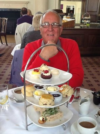 The Pump Room Restaurant : Afternoon tea (with coffee) at the Pump Room.