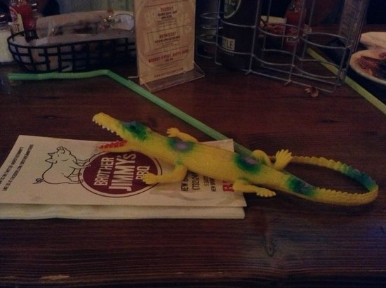 Brother Jimmy's: Hey there alligator