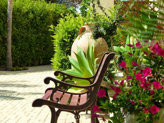 Casa del Mar Sicilia: giardino