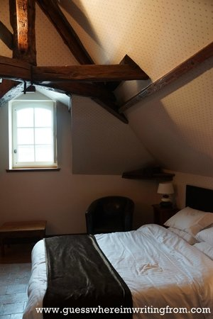 Le Grand Monarque : Our room at the attic