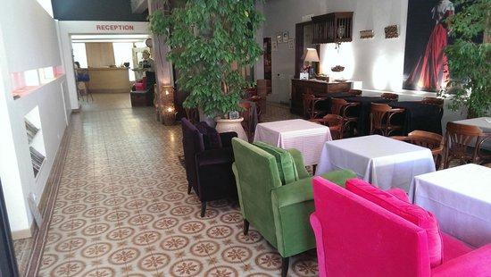 Hotel Le Glacier : Lounge und Frühstücksraum