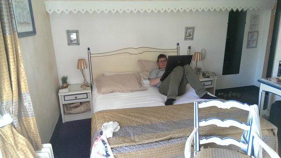 Hotel Le Glacier: Zimmer 47; klein aber fein und sehr ruhig!