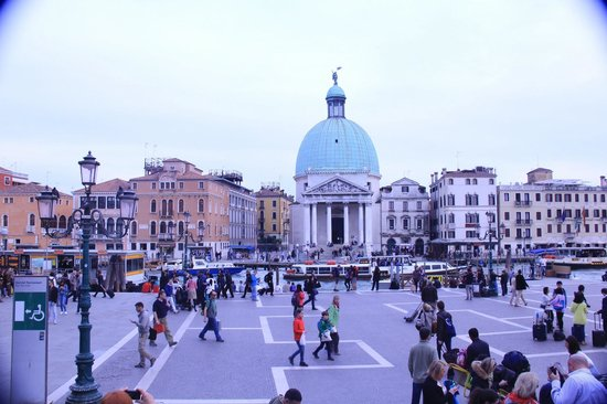 Chiesa San Simeon Piccolo: The first eye-catching dome in Venice