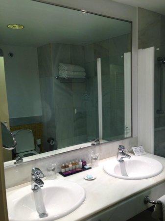 Parador de Nerja: baño