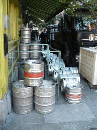 Blooms Hotel : La birra non basta mai.