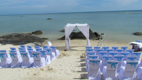 Beach Republic The Residences: wedding
