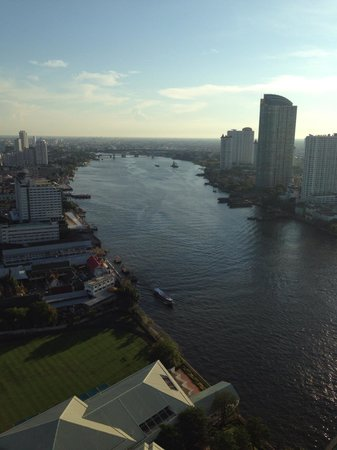 Chatrium Hotel Riverside Bangkok: View from 32nd floor