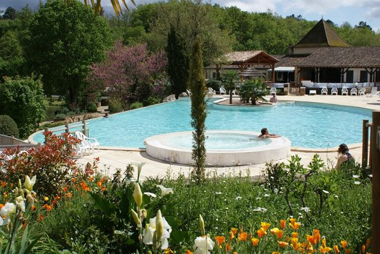Camping Le Moulinal : piscine