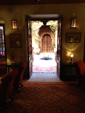 La Maison Arabe: Corridoio verso il patio