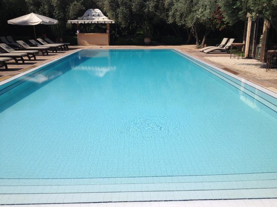 La Maison Arabe : La piscina del Country Club