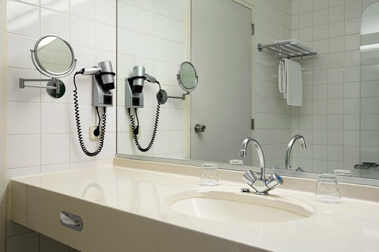 NH Capelle: Bathroom
