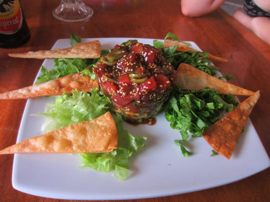 Cafe Playa Negra: tuna and avocado tartare