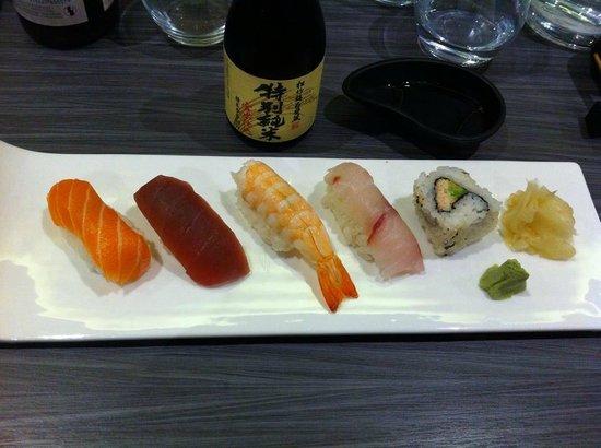 Maruya Dining Japanese : Menu Dégustation - Sushi Assortiment