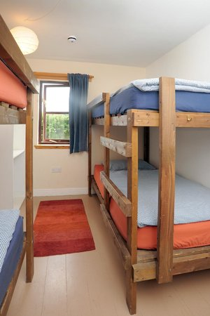 Caputh, UK: Steading Hostel Bedroom