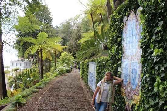 Monte Palace Tropical Garden : Beautiful tiles...