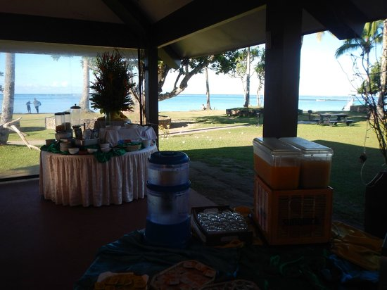 Naviti Resort : Buffet (breakfast)