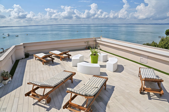 Hotel Kriss Internazionale: The new sundeck terrace at the top roof