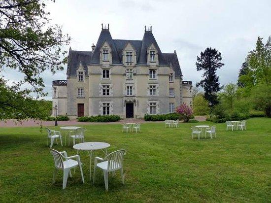 """Résultat de recherche d'images pour """"chateau de périgny"""""""