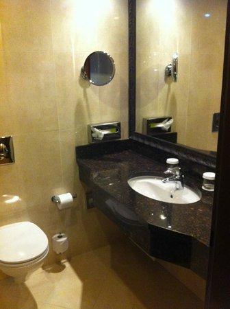 Ramada Hotel and Suites Bucharest North: Buone pulizia e rifiniture