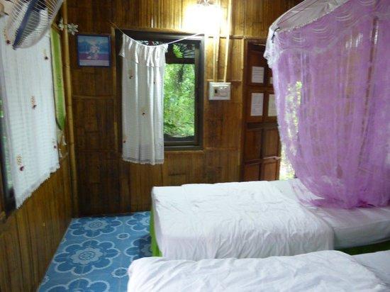 Morning Mist Resort : Zimmer