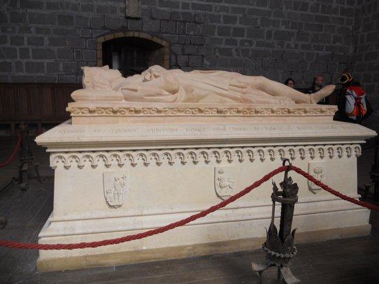 "Colegiata de Roncesvalles: Tumba del Rey Sancho VII ""el Fuerte"""