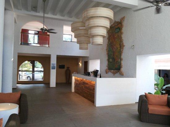 Keys Ronil Resort: Reception Area