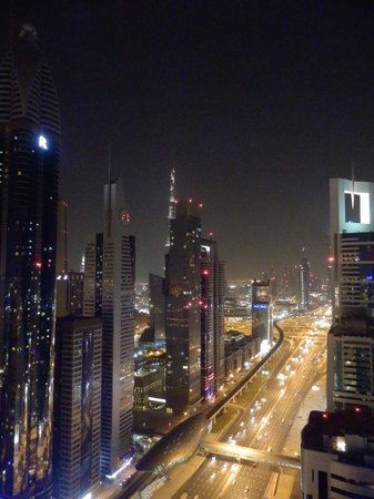 Four Points by Sheraton Sheikh Zayed Road, Dubai: View from the roof bar