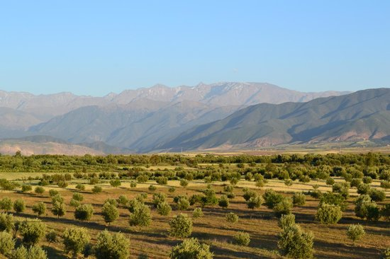 Kasbah Igoudar : vue Toubkal depuis terrasse d'IGOUDAR