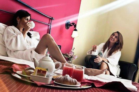 Hotel Lovere Resort & Spa: camera superior
