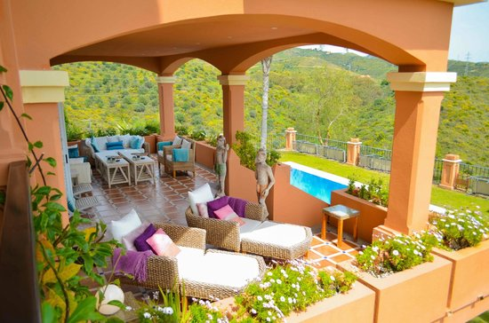 The Marbella Heights Boutique Hotel: terrace view