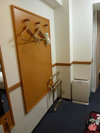 """Hotel Hokke Club Kyoto: the """"wardrobe"""""""