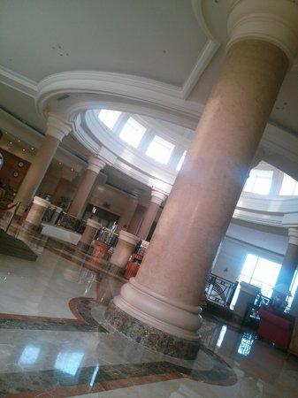 Renaissance Sharm El Sheikh Golden View Beach Resort: Hotel lobby