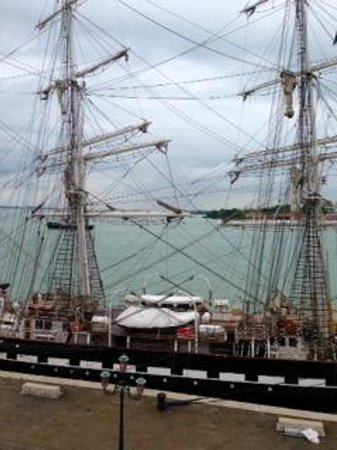 Hotel Bucintoro : tall ship moored outside the hotel
