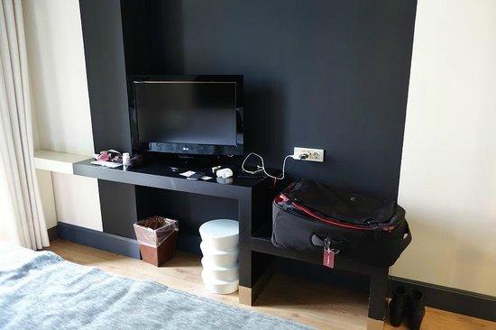 Hotel Praktik Rambla: desk area