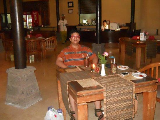 Kind Villa Bintang Resort & Spa: Resort restaurant