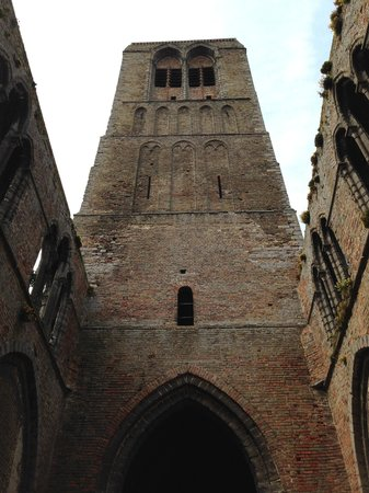 Hotel Ter Duinen: The Tower in nearby Damme - lots of steps...