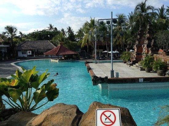 Ramada Bintang Bali Resort: Pool