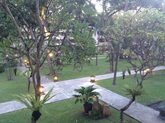 Ramada Bintang Bali Resort: View from balcony early morning