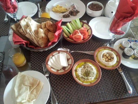 Barjeel Heritage Guest House: 飯店早餐